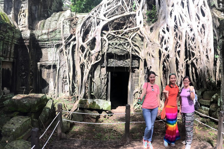DAY 1: PHNOM PENH ARRIVAL – CITY TOUR (-/-/-)